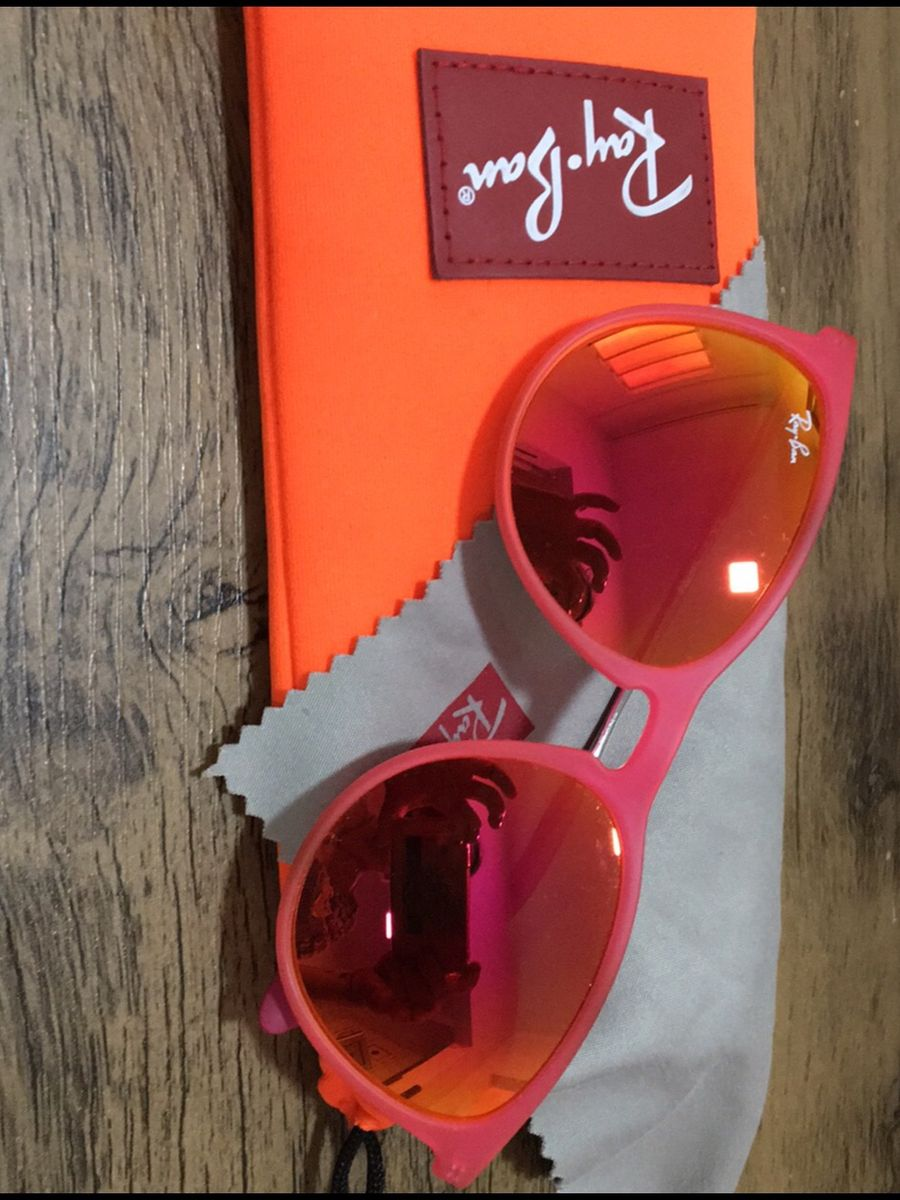 dab8fe9d7 óculos sol infantil ray van - outros ray-ban.  Czm6ly9wag90b3muzw5qb2vplmnvbs5ici9wcm9kdwn0cy85mziymzu1lzrhzmnmmzg1zwfkn2m3ytrjzgfjztvkmtg4m2m5otqylmpwzw