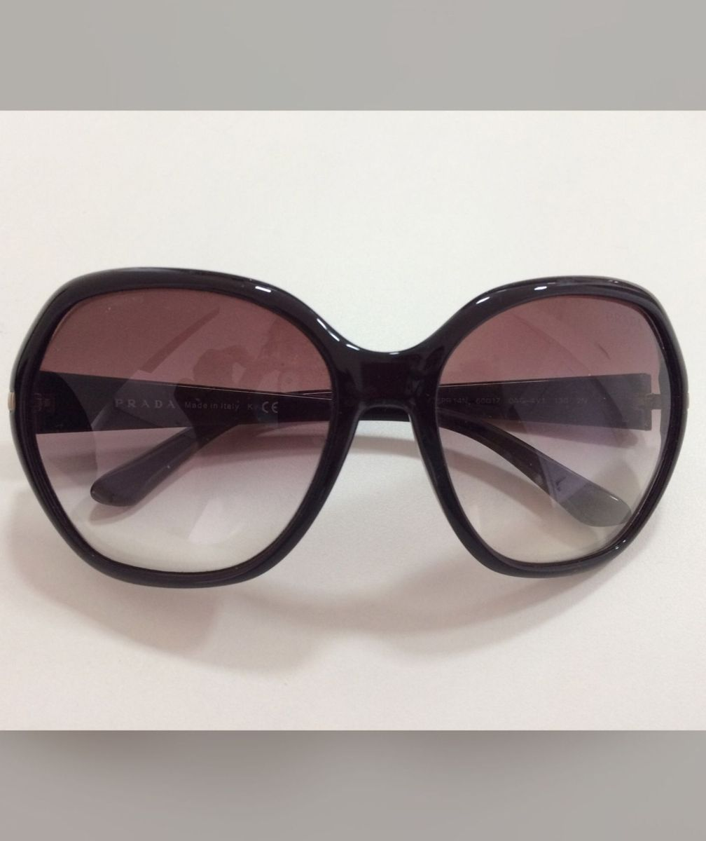 fb11642f0878a óculos sol prada original - óculos prada.  Czm6ly9wag90b3muzw5qb2vplmnvbs5ici9wcm9kdwn0cy8zmdy4mi85mjfimzhkotg1yjm3yjhhmdu4ntbkzgi3y2flmznlmi5qcgc  ...