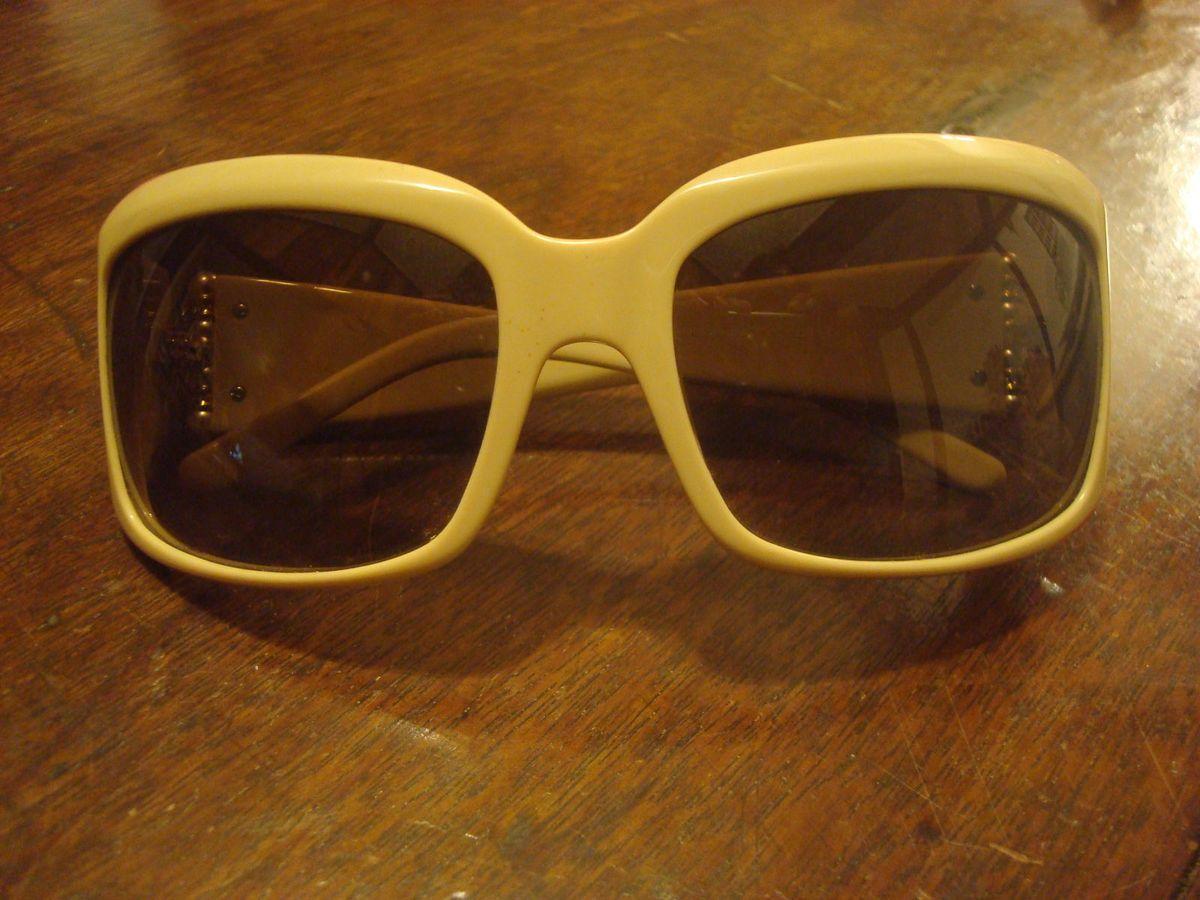 óculos sol valentino - óculos valentino.  Czm6ly9wag90b3muzw5qb2vplmnvbs5ici9wcm9kdwn0cy81mtiymdyzlzdjn2q3y2q5n2e3y2y3mmfhnzrmztixyjm3zmqxmzaylmpwzw  ... d137267005