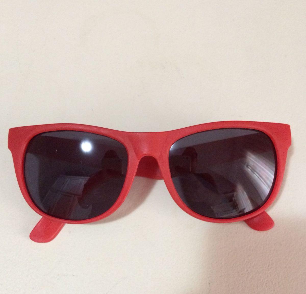 c6b69bf15 Óculos Vermelho Tipo Wayfarer do Canadá   Óculos Feminino Canada ...