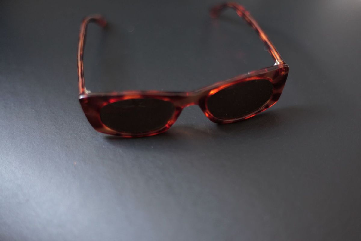65ee02e879ad2 Óculos Vintage Anos 90 Slim Onça Tartarugado Onçinha Gatinho Gato Cat Eye    Óculos Masculino Vintage Usado 32422206   enjoei