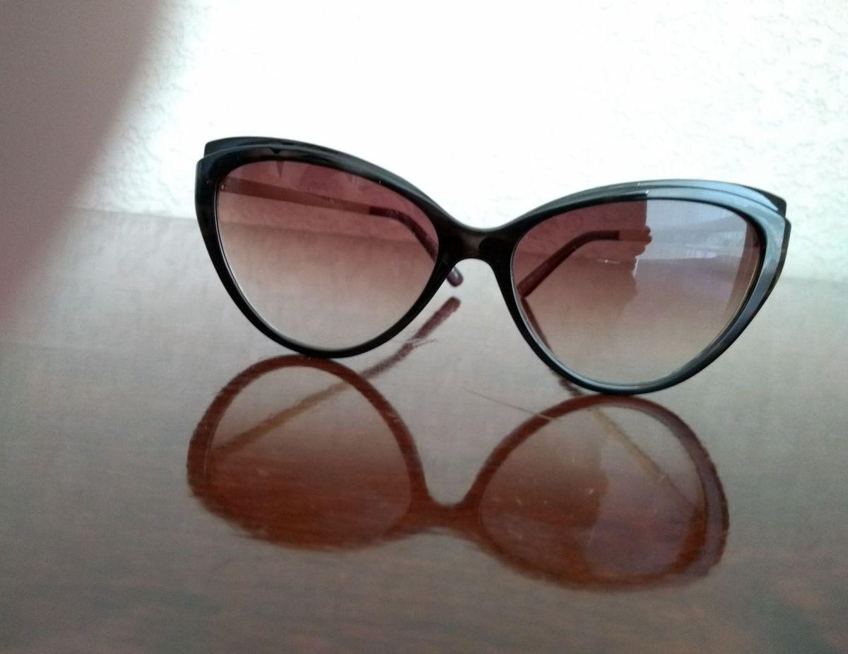 c37b8692859ba óculos vintage - óculos house of vintage.  Czm6ly9wag90b3muzw5qb2vplmnvbs5ici9wcm9kdwn0cy85mtg5ndgvmdi2mdazyjuynmy3otljytm2ngjhotflyjy3ywzmngmuanbn  ...