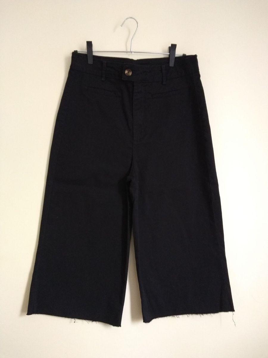 pantacourt preta de sarja - calças yessica c&a