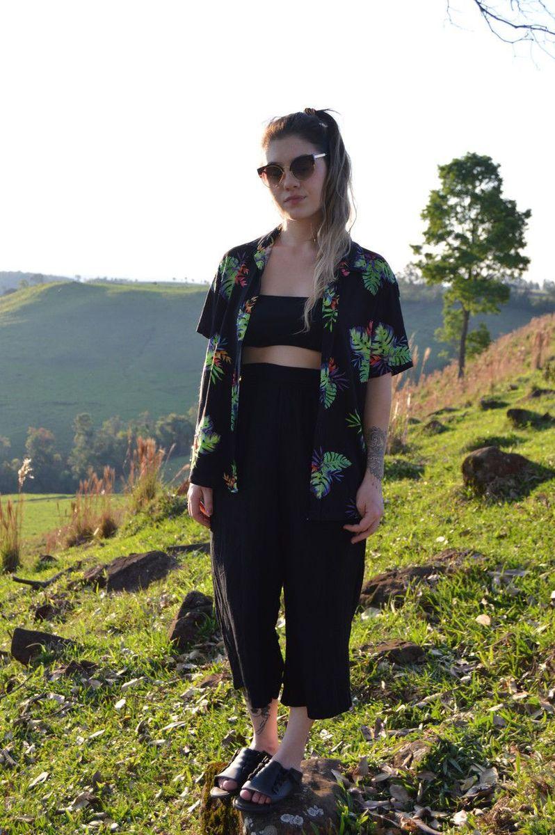 pantacourt preto vintage - calças sem marca