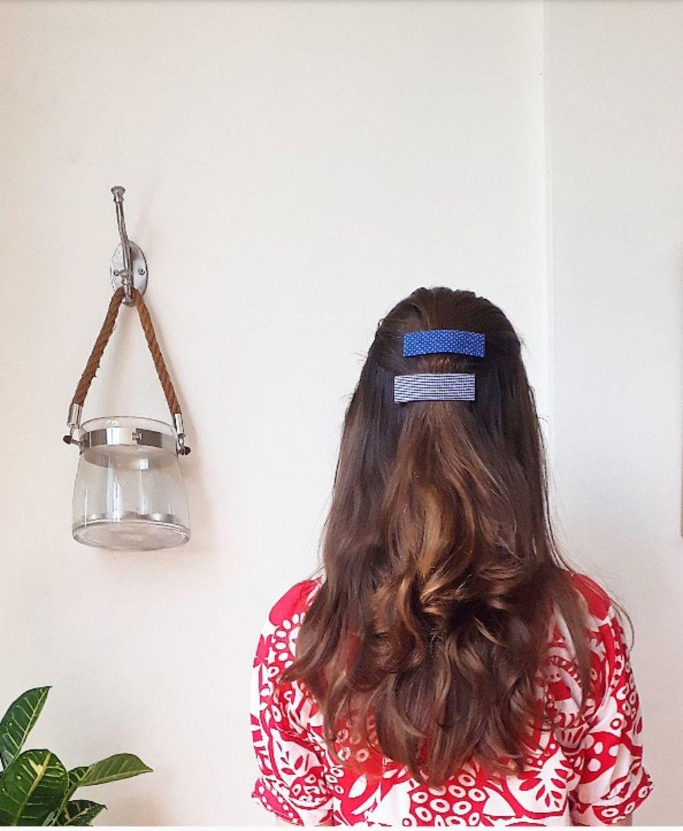 par de presilhas (tic tac) encapadas com tecido - cabelos sem-marca