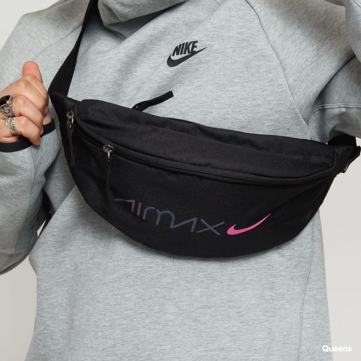 f1bb22ea4 Pochete Nike Air Max Day Preto Rosa Bag Original | Bolsa Masculina Nike  Nunca Usado 33602384 | enjoei