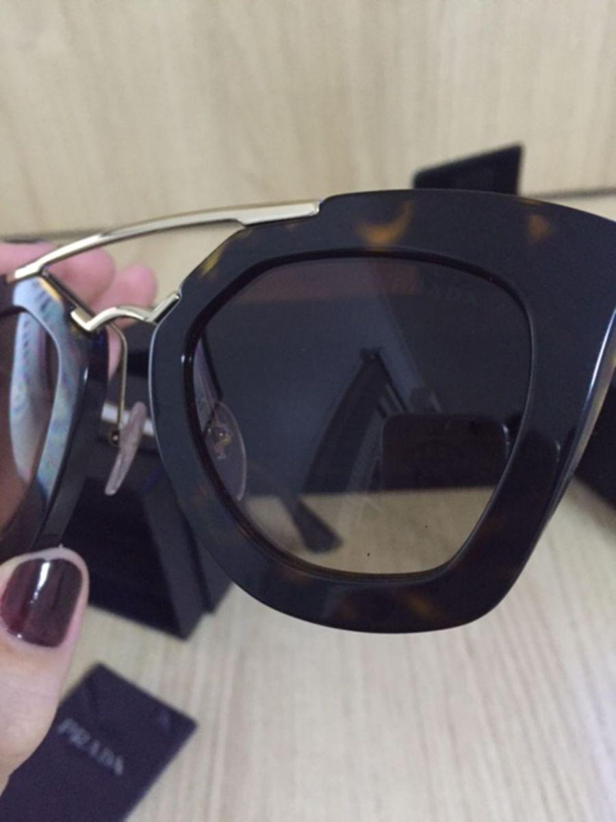 5a5f4dbb4 Prada Pr09qs - Preto/dourdado - 1ab0-a7/49 | Óculos Feminino Prada ...