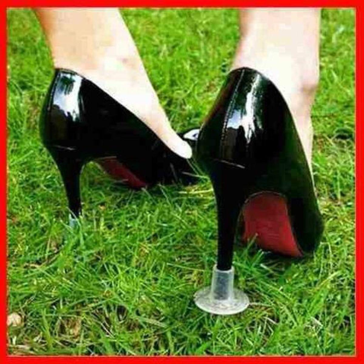 61716d2a5 Protetor de Salto Fino Casamento Grama | Sapato Feminino Nunca Usado  29132060 | enjoei