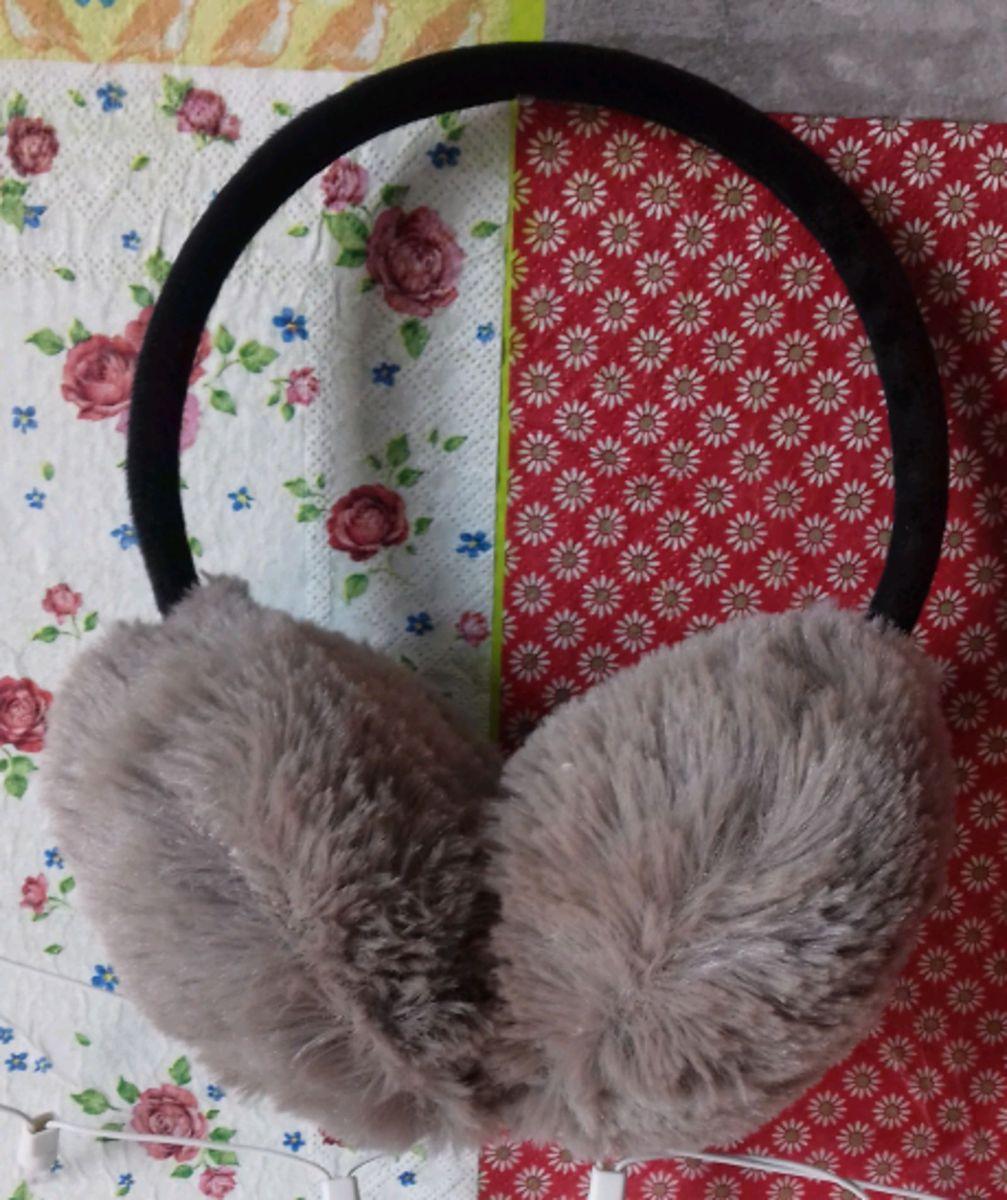 protetor orelhas inverno - outros sem marca.  Czm6ly9wag90b3muzw5qb2vplmnvbs5ici9wcm9kdwn0cy84nju2ndkvzgyyzmywmzq0otmymzczndlmn2nimtg5zme3mte4zdmuanbn  ... 657578b08e7