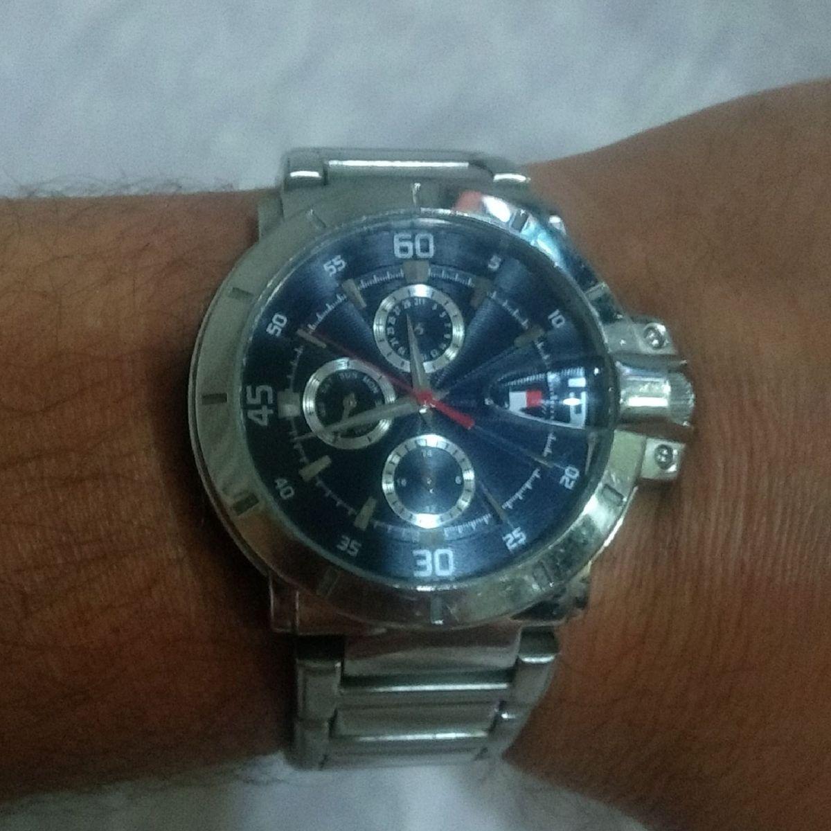 triple El diseño Con fecha de  Relogio Tommy Hilfinger Original F90268 | Relógio Masculino Tommy Hilfiger  Usado 40502583 | enjoei