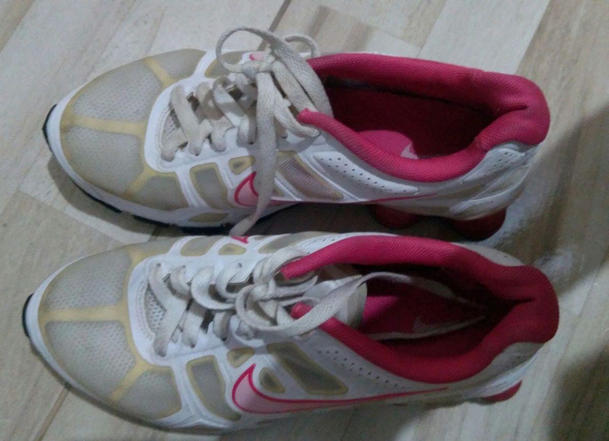 nike shox turbo rosa e branco