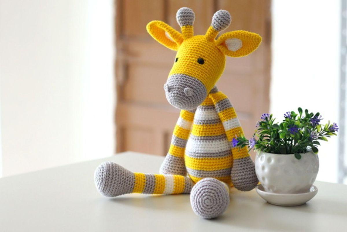 Naninha Girafa amigurumi (crochê) - YouTube | 801x1200