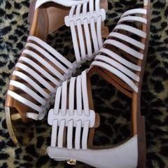 72372ff8ad sandália rasteira gladiadora parô