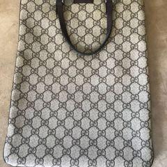 0766ed777a77f Gucci - Comprar Produtos e Acessórios Gucci