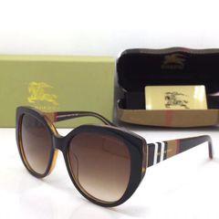 ea3d76dc68363 Oculos Burberry - Encontre mais belezas mil no site  enjoei.com.br ...