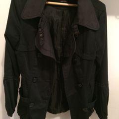 7d80248a76 trench coat. R  50 trench coat vero moda. 0. tamara · G. 0% de desconto.  nunca usado. frete grátis. casaco reef feminino ler tudo barato ...