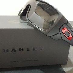 32e2d75315971 óculos oakley batwolf preto polido vermelho iridium polarizado - importado  e novo