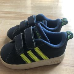 73d69b87c6b Adidas Calçado Infantil para Bebê 2019 Novo ou Usado