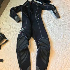 446322977 roupa de mergulho - feminino - mares - 5mm - tamanho 2