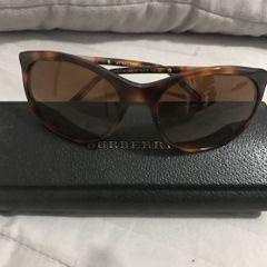 655313967875b Burberry Óculos Feminino 2019 Novo ou Usado