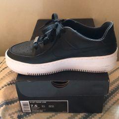 b86d630b8e0 Nike Air Force Feminino - Encontre mais belezas mil no site  enjoei ...