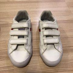 ed139e04c95 Lacoste Calçado Infantil para Meninos 2019 Novo ou Usado