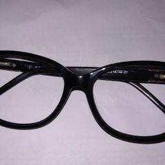 7fb11e2c2efa6 armação de óculos usada em ótimo estado de conservação carolina herrera