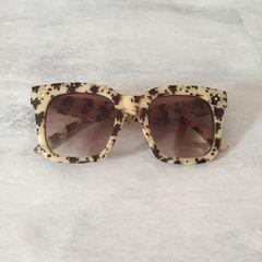dafc0a743 Oculos Quadrado Oncinha | Comprar Oculos Quadrado Oncinha | Enjoei