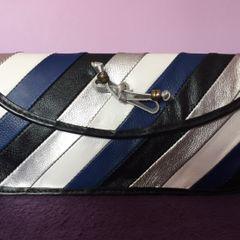 2b0670982 clutch bolsa de mão azul branco preto prata couro legítimo thaís gusmão