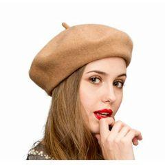 06234a1ab45c3 Boinas Femininas - Encontre mais belezas mil no site  enjoei.com.br ...