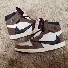 4b1c69fcbd2efd Bota Nike Air Jordan - Encontre mais belezas mil no site  enjoei.com ...