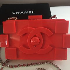 30750fefc maravilhosa chanel lego clutch, nova na caixa, vermelha