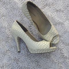 7b3b20443 Sapato Branco Festa | Comprar Sapato Branco Festa | Enjoei
