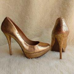 12ea4cf302 scarpin meia pata ouro velho craquelado 36