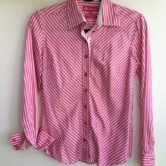 4dc61de600 Camisa Cetim Dudalina - Encontre mais belezas mil no site  enjoei ...
