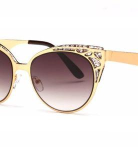 ceb981080612e Oculos Mocas - Encontre mais belezas mil no site  enjoei.com.br   enjoei