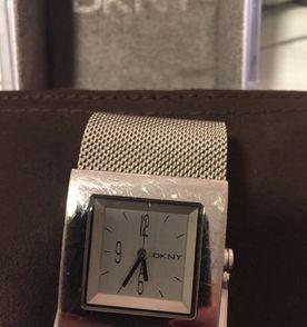 15a0079ccca Relógio Rosa Monte Carlo