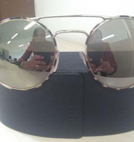 Prada Óculos Feminino 2019 Novo ou Usado   enjoei b00d54a3dc