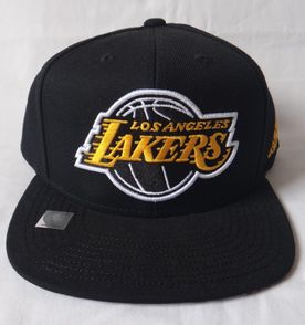Los Angeles Lakers - Encontre mais belezas mil no site  enjoei.com ... 6fdd6e35b8a