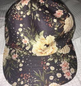 Aba Reta Bone Floral Estilo - Encontre mais belezas mil no site ... 254a6b20d4e