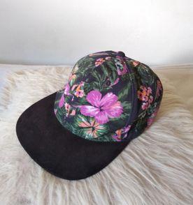Aba Reta Floral - Encontre mais belezas mil no site  enjoei.com.br ... ed970e63051
