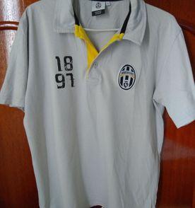 Camisa Juventus - Encontre mais belezas mil no site  enjoei.com.br ... c9817b8a23d84