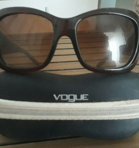 3c9e85f549fb5 Lindo Oculos Vogue - Encontre mais belezas mil no site  enjoei.com ...