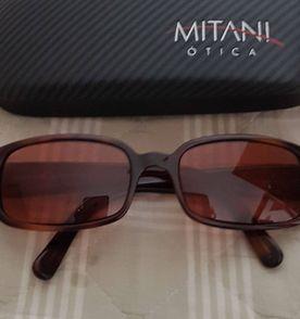 2dbeaf6ed4669 Oculos Bolinhas - Encontre mais belezas mil no site  enjoei.com.br ...