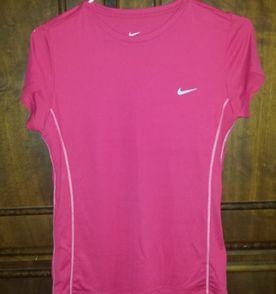Nike Feminino - Comprar Produtos Para Mulheres Nike   enjoei d6f8fd35bc