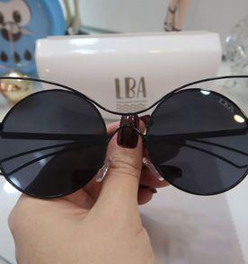 8926a73cf8d21 Oculos Com Formato De Gatinha - Encontre mais belezas mil no site ...