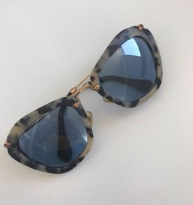 Oculos Miu Miu - Encontre mais belezas mil no site  enjoei.com.br ... 6d46e0fb62