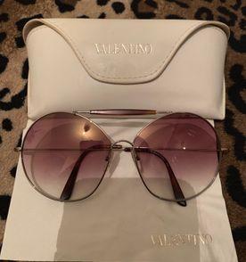 Valentino Óculos Feminino 2019 Novo ou Usado   enjoei 03d20185a3