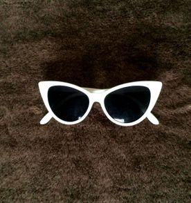 Oculos Vintage Gatinho - Encontre mais belezas mil no site  enjoei ... 0982164592