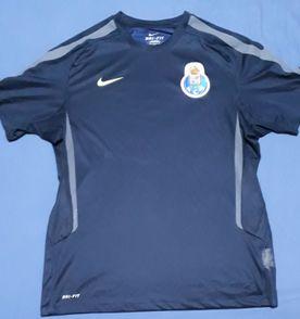 a9ec357a68 Camisa De Treino - Encontre mais belezas mil no site  enjoei.com.br ...